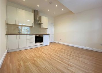 1 bed flat to rent in Wood Street, Tunbridge Wells TN1