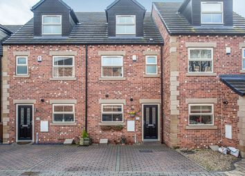 Thumbnail 4 bed terraced house for sale in Cedar View, Wakefield