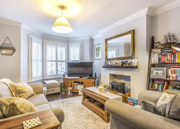 2 bed maisonette for sale in Combedale Road, London SE10