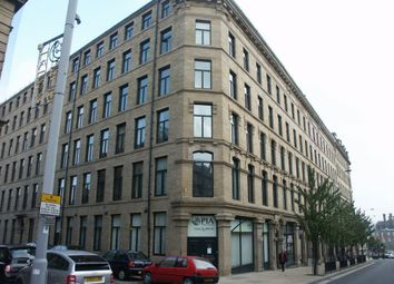 1 bed flat to rent in Broadgate House, Bradford BD1