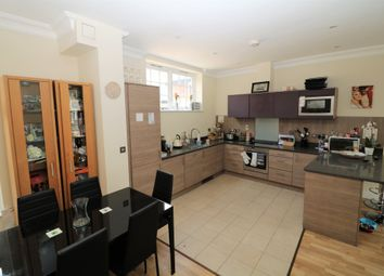 Thumbnail 2 bedroom flat to rent in High Street, Dorking