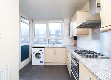 2 bed flat to rent in Dolphin Lane, Poplar, London E14