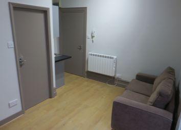 Thumbnail Studio to rent in Burton Rd, Kilburn, London