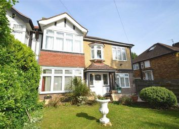 Thumbnail 2 bed flat to rent in Grennell Road, Sutton