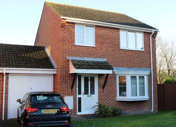 Spurcroft Road, Thatcham RG19. 3 bed link-detached house for sale