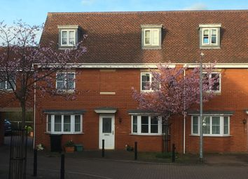 Thumbnail Room to rent in Knevett Close, Colchester