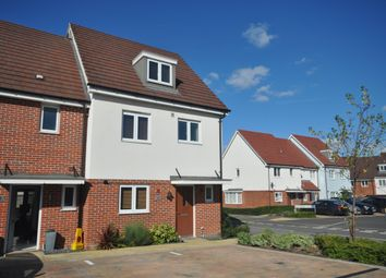 Thumbnail 4 bed terraced house to rent in Fonthill Gardens, Dartford