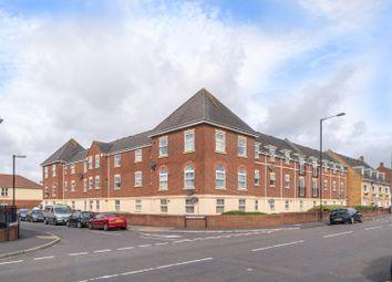 Britton Gardens, Kingswood, Bristol BS15. 2 bed flat