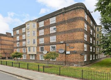 Thumbnail 4 bedroom flat to rent in Glasshouse Walk, London