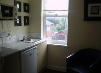 Thumbnail Studio to rent in Lytham Place, Farnley, Leeds