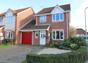 Thumbnail 3 bed link-detached house for sale in Britannia Gardens, Hedge End, Southampton