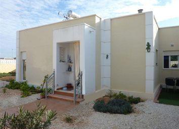 Thumbnail 2 bed villa for sale in Sierra Golf, Spain