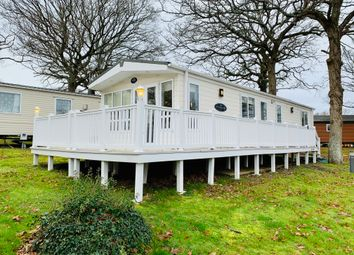 Thorness Lane, Cowes PO31. 2 bed mobile/park home for sale