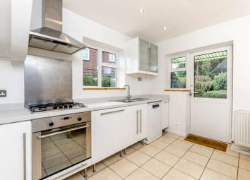 Thumbnail 4 bed property to rent in Park Avenue, Pinner