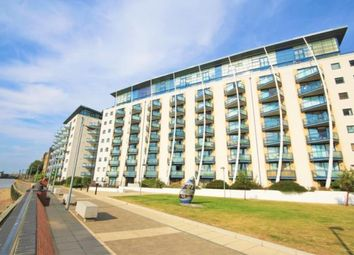 Thumbnail 3 bed flat to rent in 3 Newton Place, Mudchute / Docklands