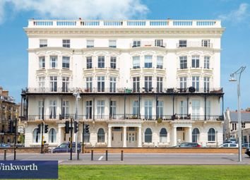 Thumbnail 1 bed flat to rent in Adelaide Mansions, First Avenue, Hove, East Sussex