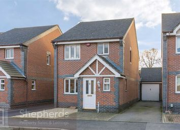 3 bed detached house for sale in Pettys Close, Cheshunt, Hertfordshire EN8
