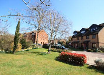 Thumbnail 2 bedroom maisonette to rent in Manor Fields, Horsham