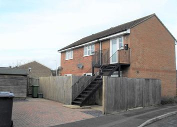 1 bed maisonette to rent in Collins Close, Newbury RG14