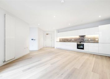 Commodore House, 2 Admiralty Avenuale, London E16. 2 bed flat
