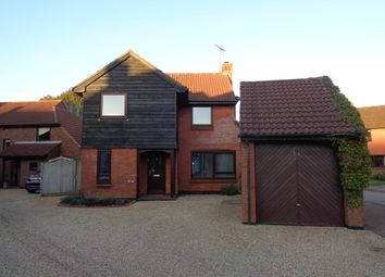 Thumbnail 4 bed detached house to rent in Little Fallow, Basingstoke