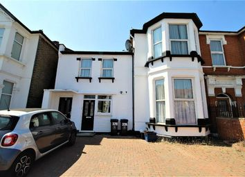 Thumbnail 2 bedroom flat to rent in The Drive, Redbridge, Essex