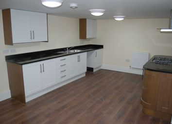 Thumbnail 2 bed flat to rent in The Grove, Gravesend