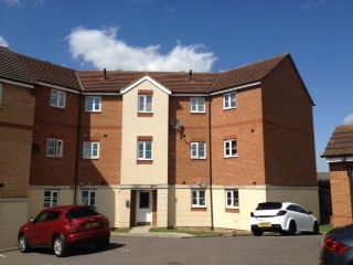 Thumbnail 2 bed flat to rent in Nightingale Cres, Harold Wood Romford
