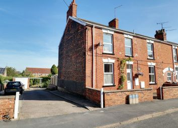 Thumbnail 4 bed terraced house for sale in West Acridge, Barton-Upon-Humber