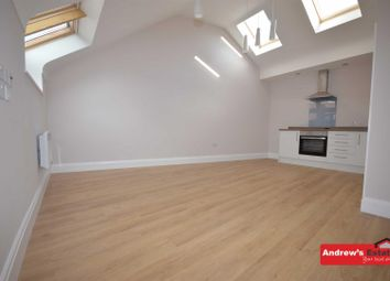 Thumbnail 2 bed flat to rent in The Cross, Neston