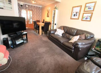 Thumbnail 3 bed property to rent in Hazelwood Close, Luton