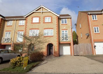 3 bed end terrace house for sale in Oakfield Close, Potters Bar EN6