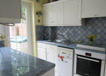 Thumbnail Room to rent in Ockenden Road, Woking