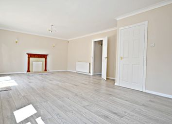 Thumbnail 4 bed detached house to rent in London Road, Langley, Slough