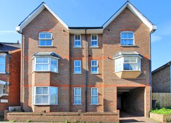 2 bed flat to rent in Gordon Road, Canterbury CT1