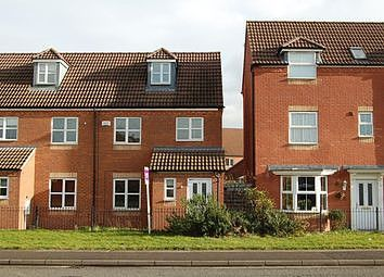 3 bed town house to rent in Swiney Way, Beeston, Nottingham NG9