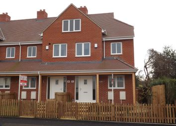 Thumbnail 3 bed town house to rent in Tennyson Road, St Marks