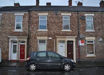 3 bed flat to rent in Hopper Street, North Shields NE29