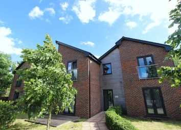 Thumbnail 2 bed flat for sale in Waterloo Road, Southampton