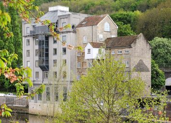 Thumbnail 3 bed flat to rent in Lower Bristol Road, Bath