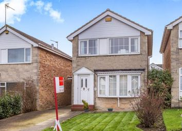 Thumbnail 3 bed detached house for sale in Farfield Avenue, Knaresborough, North Yorkshire