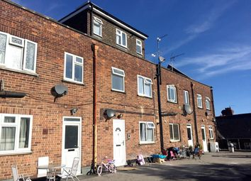 Thumbnail 1 bed flat to rent in Shenley Road, Borehamwood, Hertfordshire