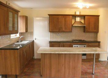 Thumbnail 2 bedroom flat to rent in Barden Road, Tonbridge