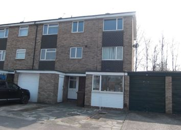 Thumbnail 6 bed property to rent in De Havilland Close, Hatfield