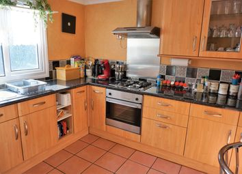 Thumbnail 2 bedroom flat to rent in Chippendale Road, Crawley