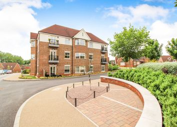 Thumbnail 2 bedroom flat for sale in Durrants Drive, Faygate