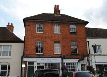 2 bed flat to rent in High Street, Odiham, Hook RG29