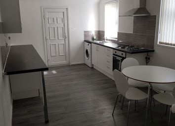 Thumbnail 5 bed shared accommodation to rent in Garnett Avenue, Liverpool