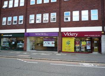Retail premises to let in Victoria Road, Farnborough GU14