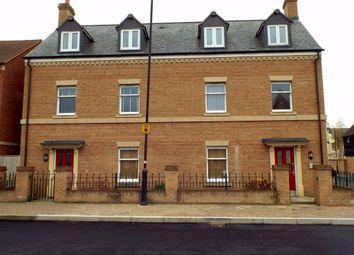 2 bed flat to rent in East Wichel Way, Swindon, Swindon SN1